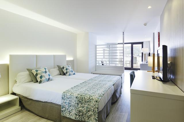 Junior suite vista mar alua hawaii mallorca & suites